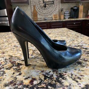 Bakers black heels size 9